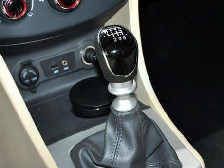 طراحی داخلی خودروی جک J4