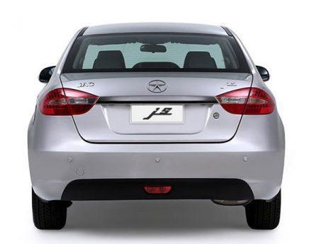 تصویری از عقب خودرو جک جی 5